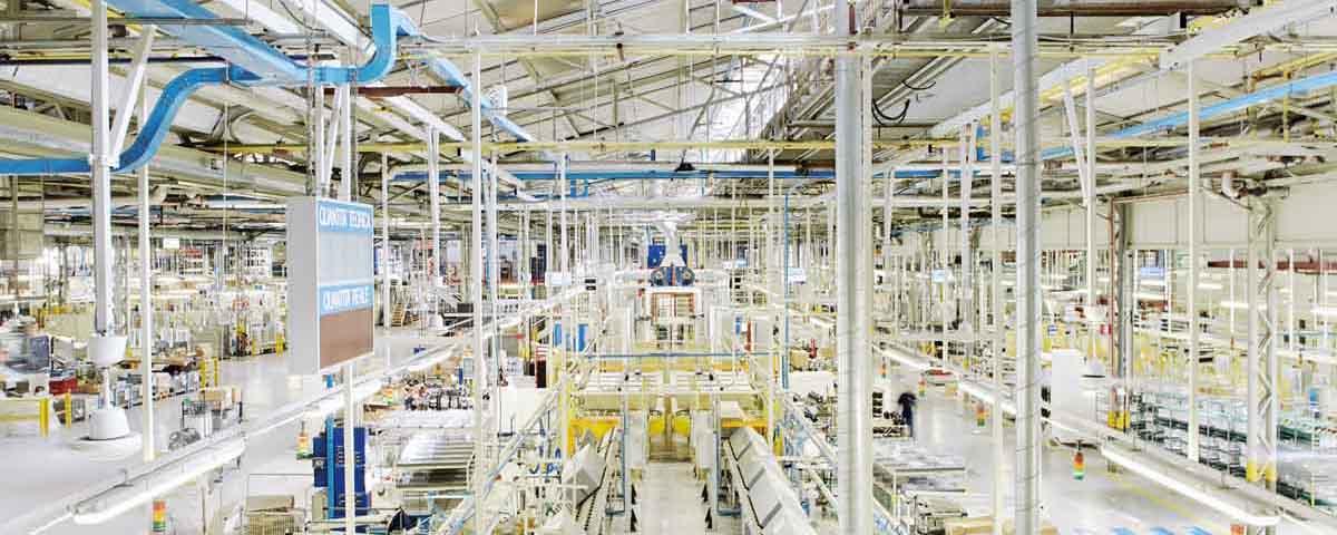 Produktion beim italienischen Haushaltsgerätehersteller Whirlpool EMEA